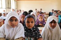16.3 ملايين دولار لدعم التغذية المدرسية باليمن وتشجيع الفتيات على التعلم