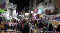 صحيفة لندنية: معاناة اليمنيين تتفاقم بارتفاع الأسعار وتوقف الرواتب