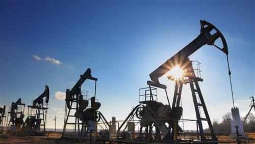 أسعار النفط تواصل الارتفاع وتتجه نحو 100 دولار