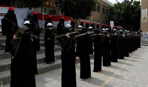 مليشيا الحوثي تنشر الزينبيات في مدارس صنعاء وجامعتها لوأد أي أعمال مناهضة لحكمها