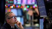 """5 """"مشاكل"""" تتنبأ بالأزمة المالية العالمية"""