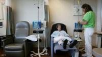 أطباء يكشفون 4 أعراض للإصابة بسرطان الأمعاء