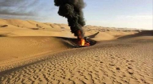 مولد لمهربي الخام يتسبب باندلاع حريق ضخم في احد أنابيب نقل النفط ب#شبـوة