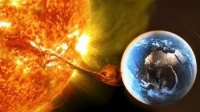 """""""العاصفة جاية"""".. اجتياح شمسي يهدد الأرض"""