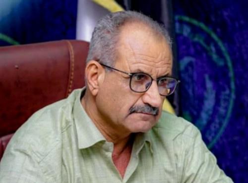 مساعد الأمين العام يطمئن على صحة الإعلامي شايف الحدي