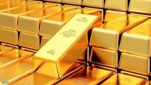 الذهب يعاود الصعود صوب ذروة 6 سنوات