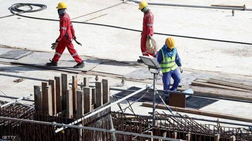 قطر في عين العاصفة.. وفيات مفاجئة لمئات العمال