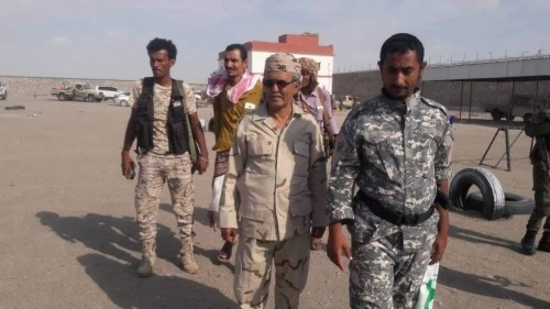 رئيس انتقالي #أبين يتفقد اللواء 11 صاعقة ويطلع على التدريبات ومستوى الجاهزية فيه