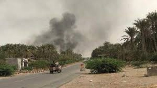 مليشيا #الحوثي تستهدف مواقع للقوات المشتركة في حيس جنوب #الحديدة