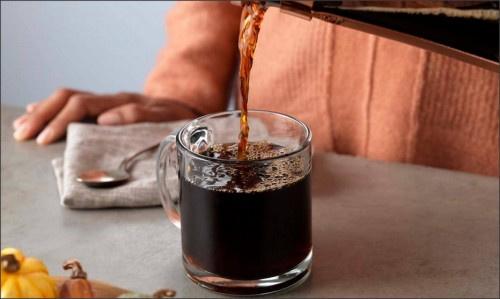 """القهوة والسكري وضغط الدم.. العلم يقدم """"الحل الرائع"""""""