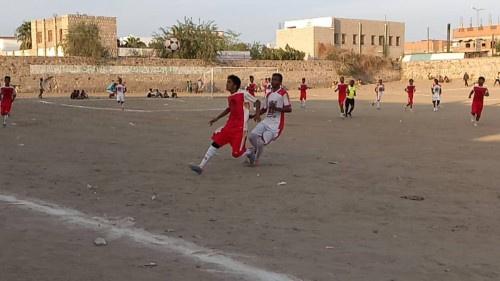 حسان وعرفان قطبا نهائي دوري الاستقلال للأندية في ابين