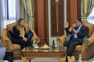 الخبجي يلتقي مسؤولة قسم شبه الجزيرة العربية في الخارجية البريطانية والكومنولث
