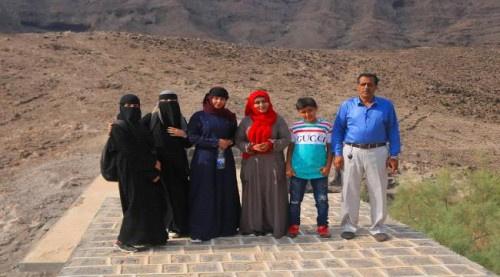 مبادرة هويتي تقوم بزيارة معلم الدروب السبعة في قمة جبال شمسان