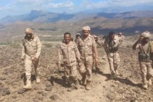 العميد النوبي يزور المرابطين في جبهة كرش بلحج