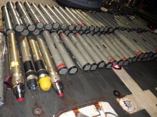 البحرية الأميركية تضبط صواريخ إيرانية في بحر العرب كانت في طريقها إلى مليشيات الحوثي