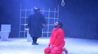 عدن تبهر الحاضرين في مسرحية إعدام عند الفجر
