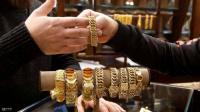 """الذهب """"ينتصر"""" في أزمة كورونا.. أعلى سعر في 7 سنوات"""
