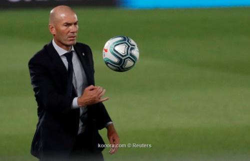 اختيار مفاجئ في قائمة ريال مدريد لموقعة مانشستر