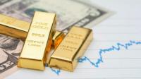 قفزات الذهب القياسية تصطدم بانتعاش الدولار