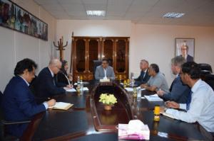 محافظ عدن يلتقي وفد برنامج الامم المتحدة الانمائي