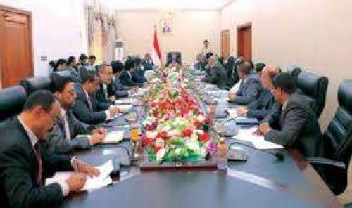 تأخير إعلان تشكيل الحكومة الجديدة.. عقاب إخواني يستهدف المحافظات المحررة