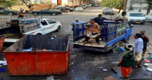 حملة للقضاء على الكلاب الضالة في العاصمة عدن