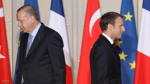 """فرنسا تستنكر تصريحات أردوغان """"البذيئة"""" وتستدعي سفيرها"""