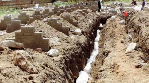قبور جماعية للعشرات من ضحايا التعذيب في سجون الحوثيين السرية