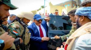 متحدث الانتقالي يكشف سبب مغادرة اللواء بن بريك إلى العاصمة المصرية القاهرة
