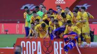 برشلونة يسحق أتلتيك بلباو برباعية.. ويحرز كأس إسبانيا