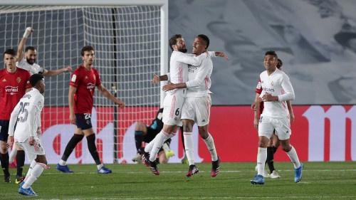 ريال مدريد يسقط أوساسونا ويقلص الفارق مع أتلتيكو مدريد في الصدارة