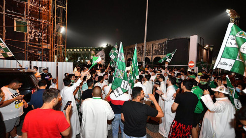 العربي يهزم الساحل ويتوج بطلًا للدوري الكويتي للمرة الـ17 في تاريخه