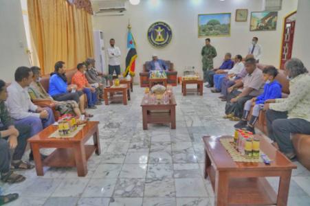 لليوم للثالث.. الرئيس القائد عيدروس الزُبيدي يستقبل جموع المهنئين بعيد الفطر المبارك