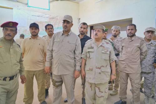 الرئيس الزُبيدي يتفقد سير العمل بهيئة العمليات العسكرية للقوات المسلحة الجنوبية