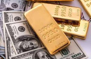 الذهب يتجاوز 1900 دولار