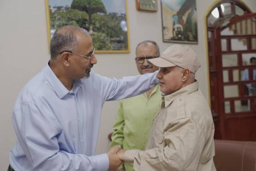 الرئيس الزُبيدي يستقبل جموع المهنئين بمناسبة عيد الأضحى المُبارك
