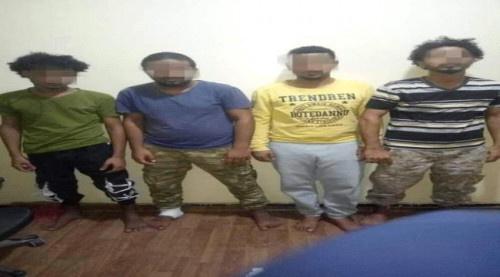 عصابة بقبضة الأمن بعد قتلها شخص وإصابتها لآخر في العاصمة عدن