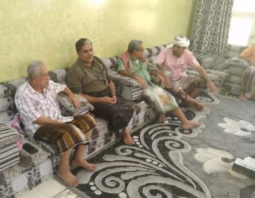 رئيس تنفيذية انتقالي حضرموت يواصل زياراته العيدية للمناضلين من أبناء المحافظة