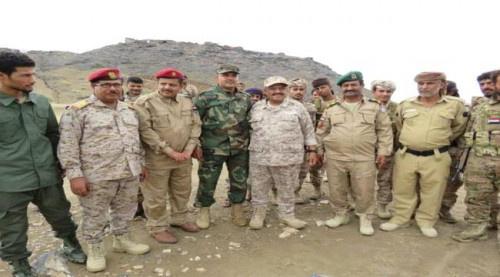 بتوجيهات الرئيس الزُبيدي.. قائد المنطقة العسكرية الرابعة يتفقد الوحدات العسكرية بمحور ابين