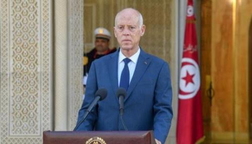 """رئيس تونس: لن نترك البلاد """"لعبة في يد الإخوان"""""""