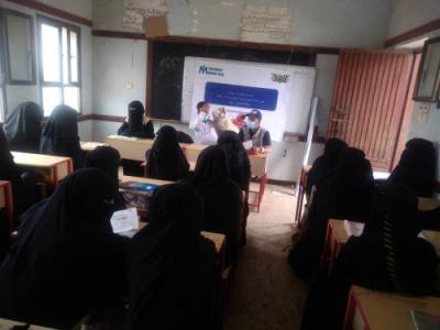 اجتماع موسع للمتطوعات المجتمعيات والمتطوعين الصحيين في مجال الصحة والتغذية بالحصين